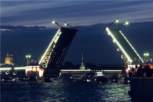 ,桥上弯曲又走船,中国设计师拿反了图纸走人模具设计z形图片